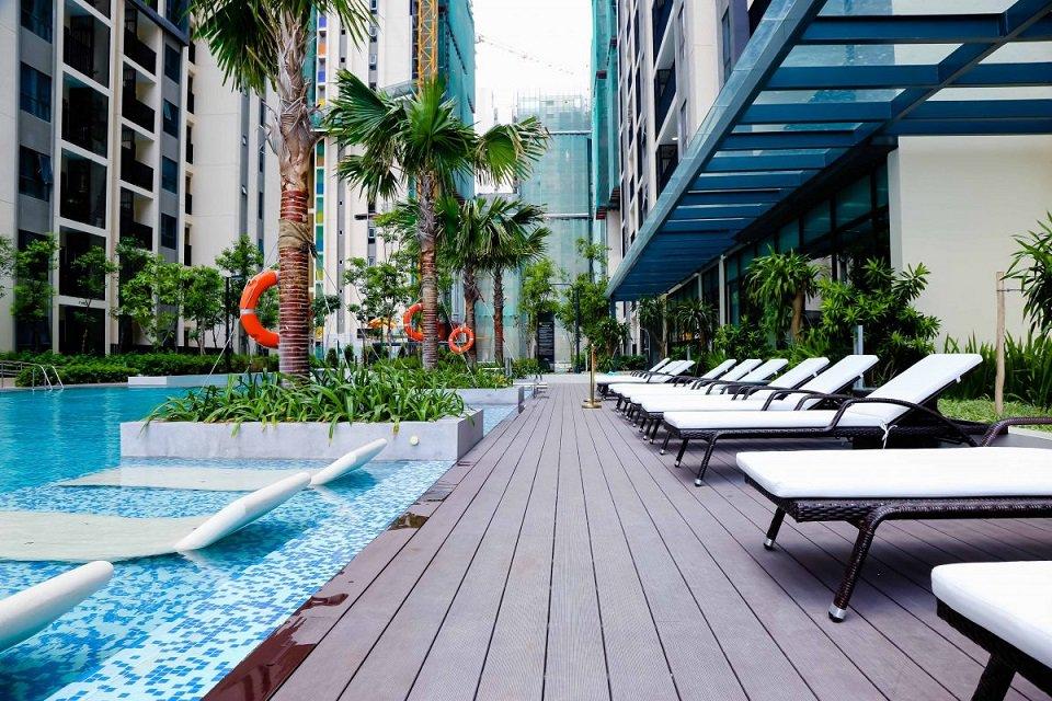 Bể bơi chung cư hado Centrosa Garden