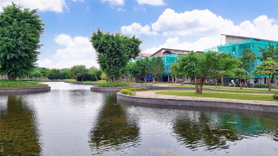 Hồ Nước cảnh quan Khu đô thị Hà Đô Charm